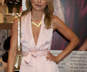 AnnaLynne McCord – WWD x Social House Panel at MAGIC Convention in Las Vegas