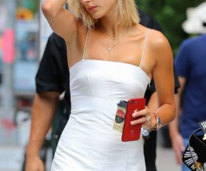 Hailey Baldwin in White Mini Dress – Out in New York City