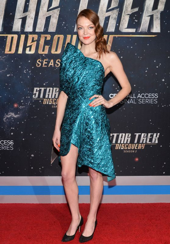 Emily -Coutts -Star-Trek-Discovery-Season-2-Premiere-in-NYC